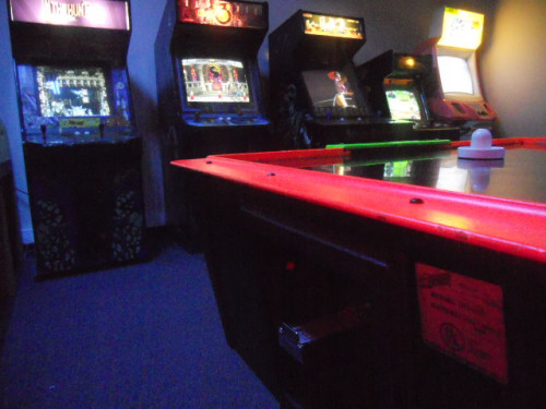 GAMIFICATION-WAYS-FOR-EMPLOYEE-VIDEO-ARCADE-GAME-ROOM7f17918870aef039.jpg